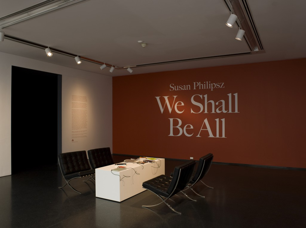 Susan Philipsz. »We Shall Be All«. 2011. 35 milimeter film on DVD.