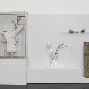 Andrea Branzi, »oggetti, territori, volatili«, Galerie Isabella Bortolozzi, Berlin, 29.06.13—27.07.13.