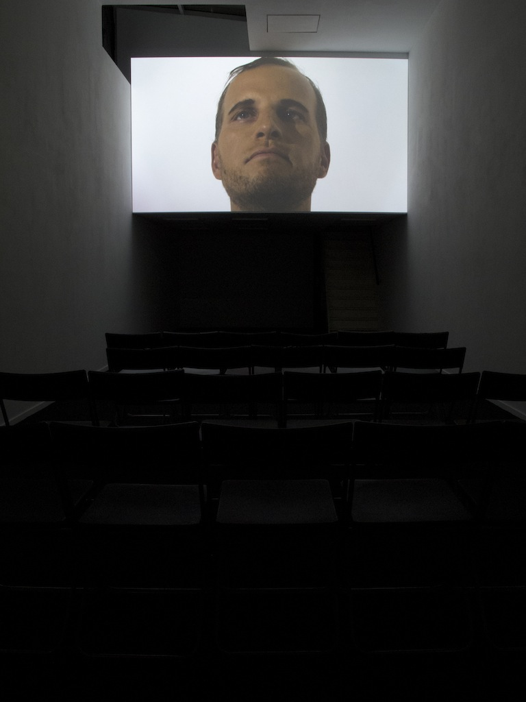 Jos de Gruyter & Harald Thys, »DIE AAP VAN BLOEMFONTEIN (the Ape from Bloemfontein)«, 2014, Single channel video projection, color, sound (Afrikaans spoken, English subtitles), 23 minutes