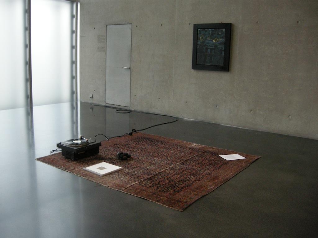 Installation view: Gerry Bibby | Juliette Blightman, KUB Arena, Kunsthaus Bregenz