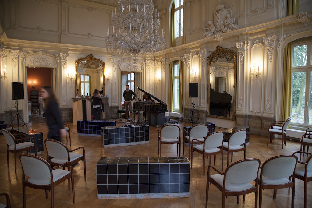 Installation view: Apartment II, Museum Morsbroich Leverkusen in cooperation with the Kunstiftung NRW project 25/25/25<br>