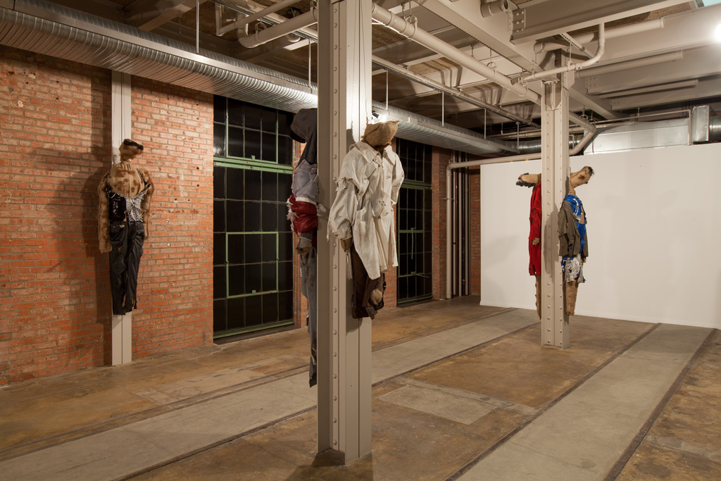 Jos de Gruyter & Harald Thys,<br>'DIE SCHMUTZIGEN PUPPEN VON POMMERN',<br>Installation view, The Power Station, Dallas, TX,<br>08.04.15 - 12.06.15