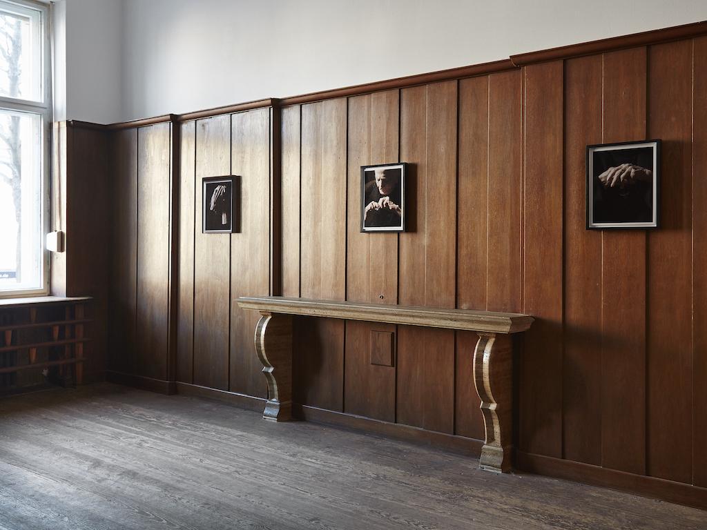 Carol Rama, »Ferite della memoria« -selected works, installation view, Galerie Isabella Bortolozzi, Berlin, 26.01.16-05.03.16<br/> Framed portraits of Carol Rama by Bepi Ghiotti