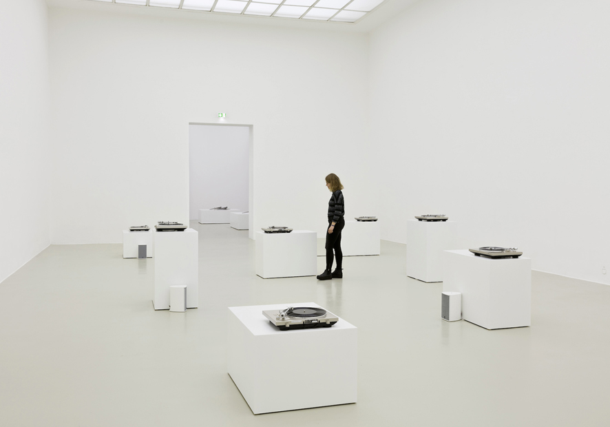 Susan Philipsz, Seven Tears, 2016  Installation view, Kunstverein Hannover 2016