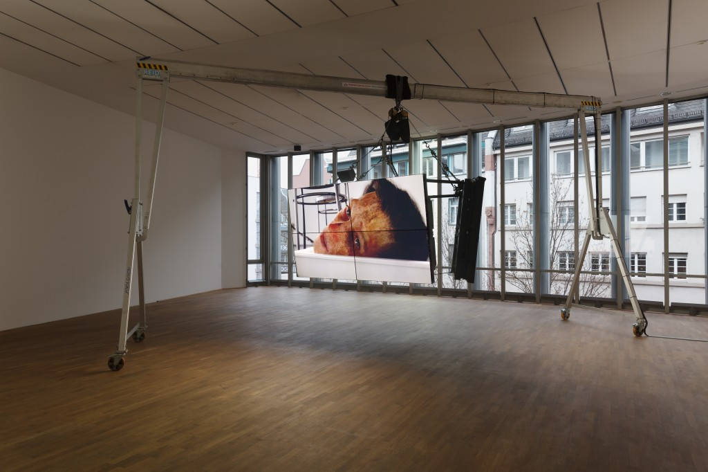 Ed Atkins, Safe Conduct, 2016, Three channel HD film with 5.1 surround sound, Dimensions variable, 09:04, MMK Museum für Moderne Kunst Frankfurt am Main 3.02.17 — 14.05.17