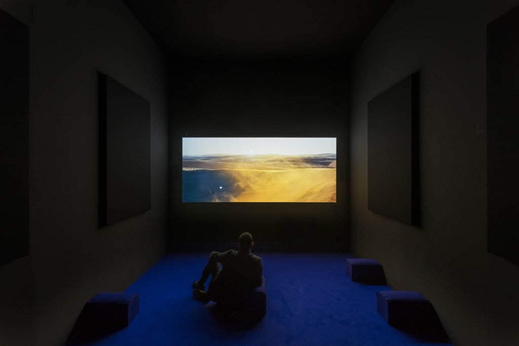 Artbasel Unlimited, 2017, Yuri Ancarani, »THE CHALLENGE«, 2016, DCP, sound 5.1,<br/>aspect ratio 2.35, color,