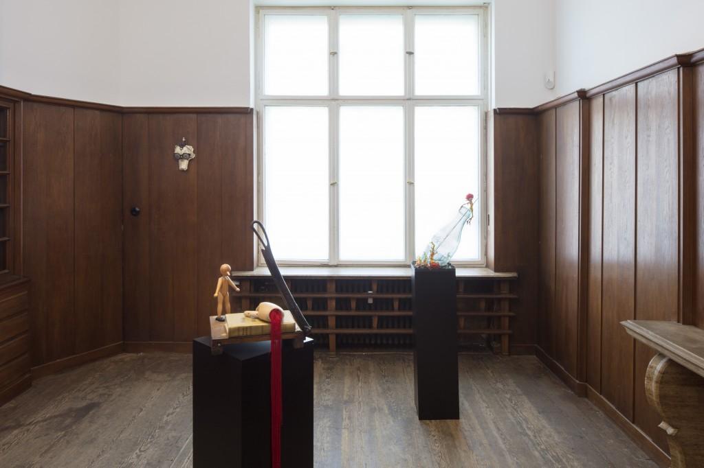 Installation view, Danny McDonald, Search Parameters, Galerie Isabella Bortolozzi, Berlin, 2018