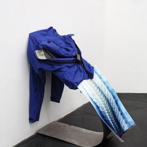 Nora Schultz. »Untitled« 2010. Textile, stainless steel, photograph, magnet. 65 x 62 x 90 cm. Unique