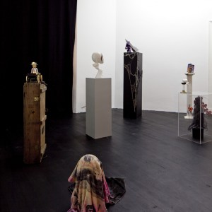 Installation View: Danny McDonald, »Icons of the Invert's Universe«. Isabella Bortolozzi Galerie, 02.07.—11.09.10