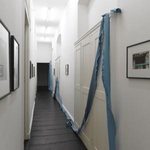 Installation view: Maria Lai, »Il Nastro Celeste«, Isabella Bortolozzi Galerie, 20.11.10—18.12.10.