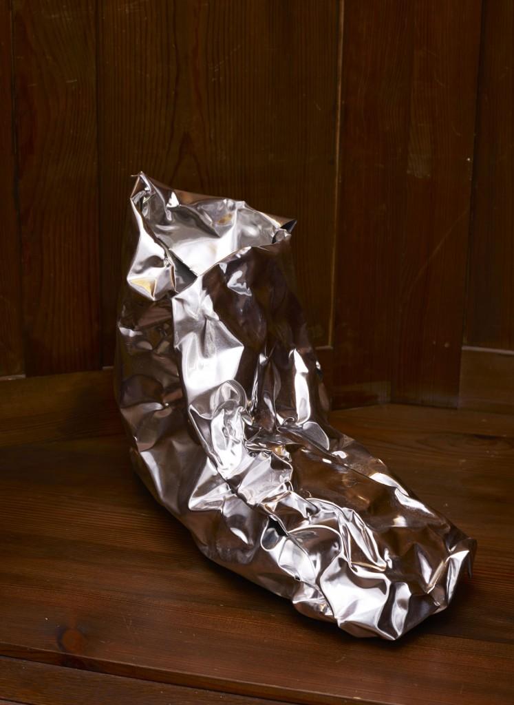 Nora Schultz. »Moonboots«. 2013. Aluminium. Dimensions variable. Unique.