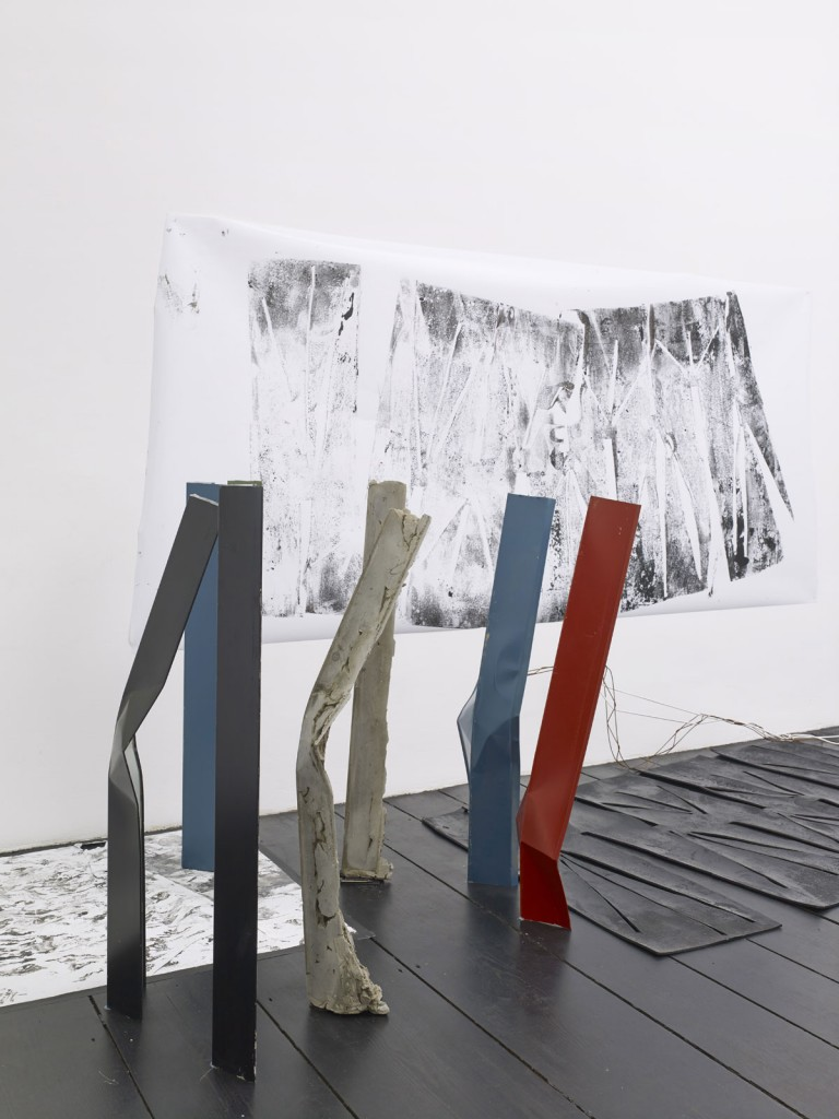 Nora Schultz. »The tripod's escape II«. 2013. Mixed media. Dimensions variable. Unique.