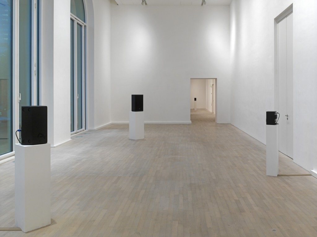 Susan Philipsz. »The Natural History of Destruction«. 2013. 5 channel sound installation. 12:27 (loop).