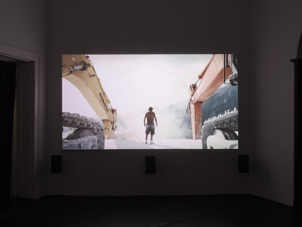 Yuri Ancarani, »Il Capo«, 2010, 35mm film, colour, 5.1 Dolby Digital, Duration: 15 minutes