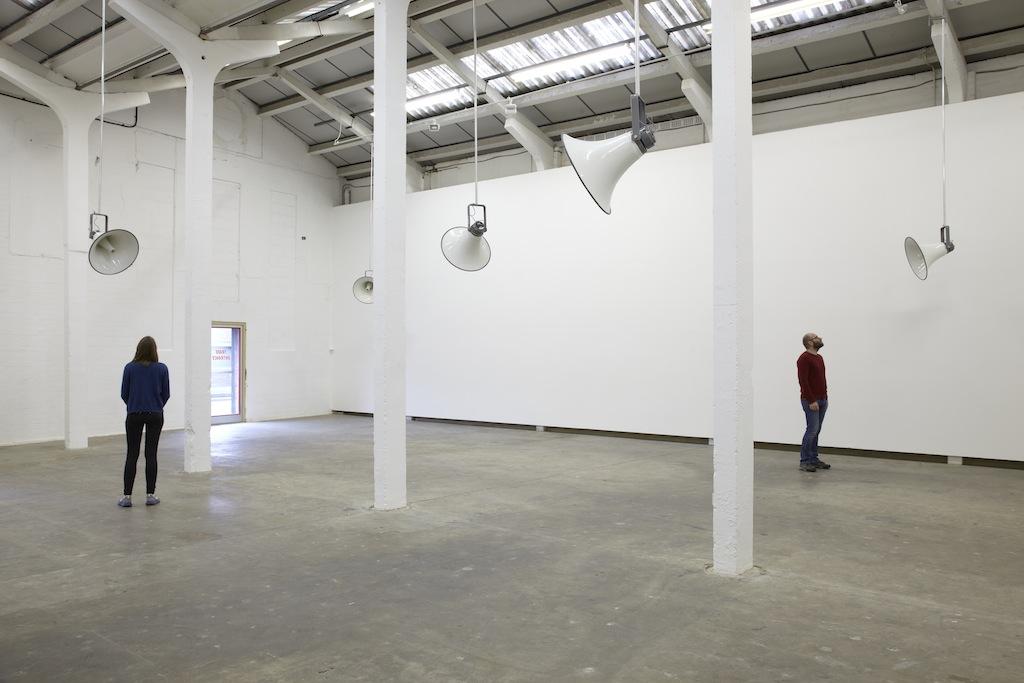 Susan Philipsz, »Broken Ensemble«, installation view, Eastside Projects, Birmingham, 20.09.14-06.12.14