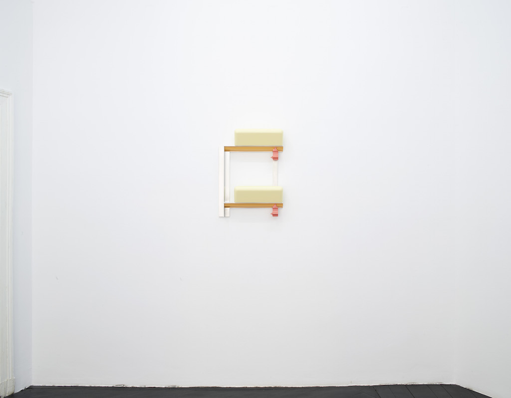 Richard Rezac, »Untitled (12-08)«, 2012, painted cherry wood and aluminum, 69.9 x 52.1 x 14 cm, unique
