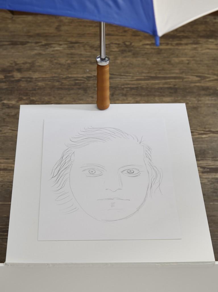 Jos de Gruyter & Harald Thys, »Umbrella White Element« (detail),  <br> 2016, hot rolled steel, graphite on paper, umbrella, beachball, 160 x 82 x 243 cm, unique