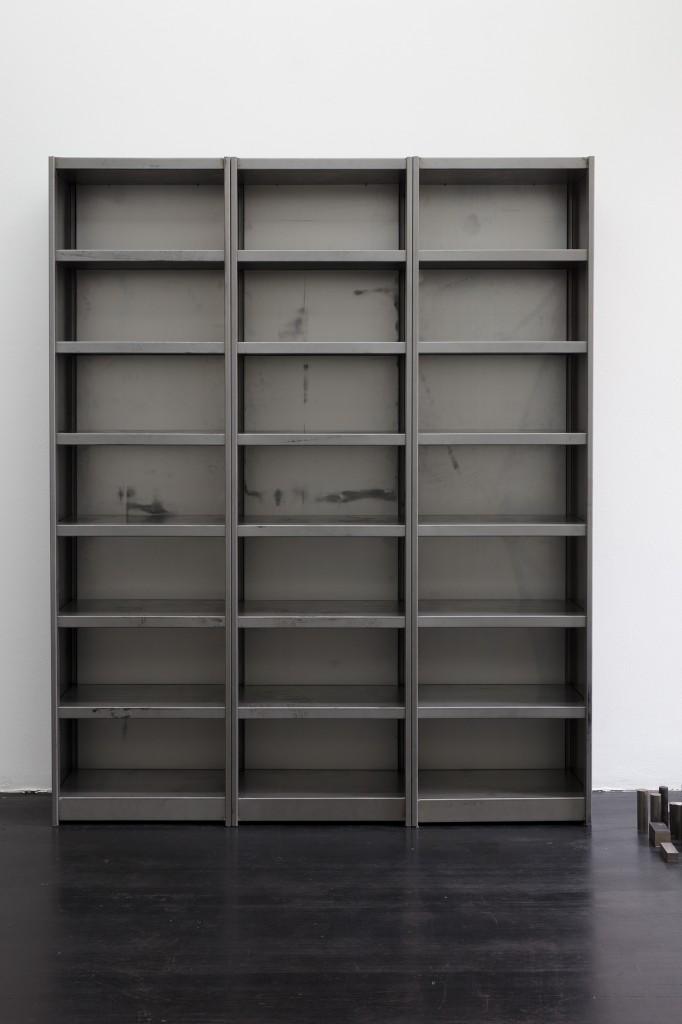 Detail view: Ibon Aranberri, Sources without qualities, 2017, Metal cabinet, steel elements, 224 x 182 x 40 cm, Unique, Photo: Thomas Bruns