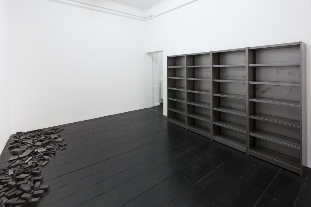 Ibon Aranberri, Sources without qualities, 2017, Metal cabinet, steel elements, 282.5 x 190 x 34 cm, Unique, Photo: Thomas Bruns