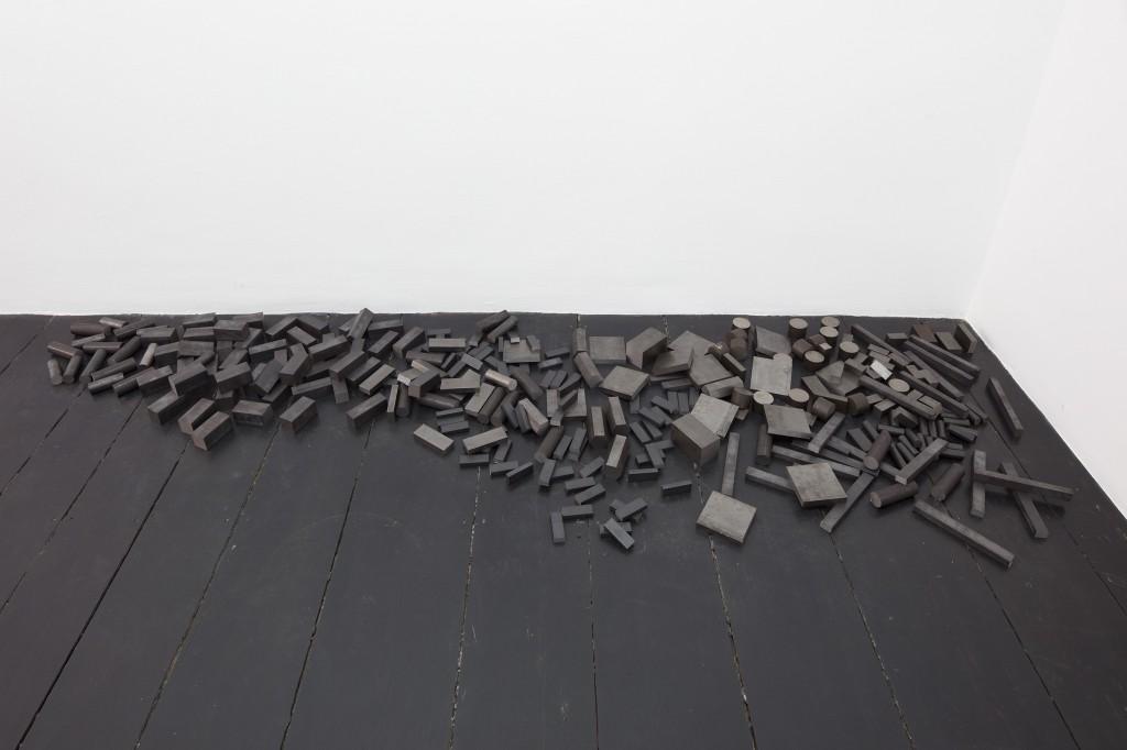 Detail view: Ibon Aranberri, Sources without qualities,2017, Metal cabinet, steel elements, 282.5 x 190 x 34 cm, Unique, Photo: Thomas Bruns
