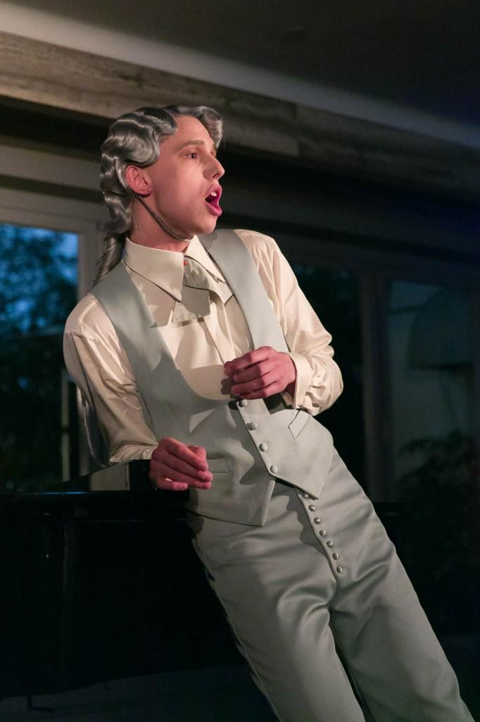 Performance Leila Hekmat